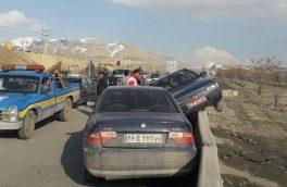 برخورد ۲ دستگاه سواری در محور رودهن – تهران یک مجروح برجای +تصاویر