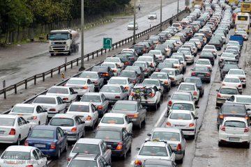 ثبت تردد ۱۰۸ هزار خودرو در فیروزکوه و هراز/ کاهش ۵۰ درصدی تردد خودروها در استان تهران