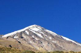 امام جمعه پردیس قله دماوند را فتح کرد