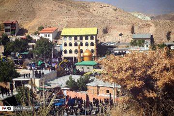 برگزاری تجمع هزاران نفری عزاداران حسینی در روستای زیارت/ کوهان؛ میزبان سیل دیگری از عزاداران حسینی