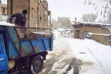 جادههای کیلان باز هستند/ انجام عملیات برفروبی معابر کیلان و جاده صالحآباد/ شهروندان از تردد غیرضروری پرهیز کنند