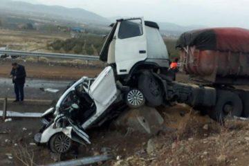 تصادف زنجیرهای ۶ خودرو در محور فیروزکوه – دماوند/ ۸ تن کشته و مجروح شدند+ تصاویر