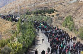 غوغای عاشقی جاماندگان اربعین در «کیلان» دماوند/ ۱۰ کیلومتر پیادهروی به عشق حسین(ع)+ تصاویر